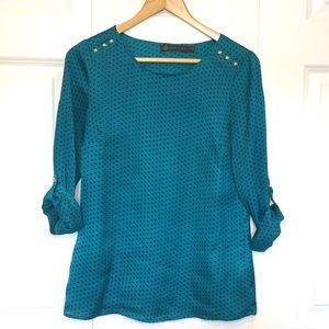 Outback Red Heart Print Blouse Gold Studs Teal